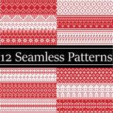 12 noordse stijl vectordiepatronen door Skandinavische Kerstmis, feestelijk de winter naadloos patroon in dwarssteek met hart wor vector illustratie