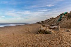 Noordzeekust in Nieuwpoort, Norfolk, Engeland, het UK royalty-vrije stock afbeelding