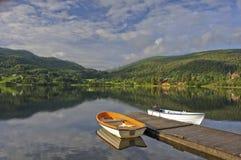 Noorse Lakescape stock foto