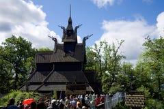 noorwegen bergen De Kerk van de Staaf van Fantoft Stock Foto's