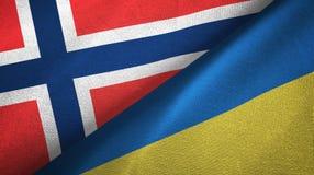 Noorwegen en de Oekraïne twee vlaggen textieldoek, stoffentextuur vector illustratie