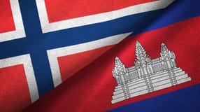 Noorwegen en Kambodja twee vlaggen textieldoek, stoffentextuur royalty-vrije illustratie