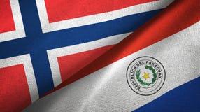 Noorwegen en Paraguay twee vlaggen textieldoek, stoffentextuur stock illustratie