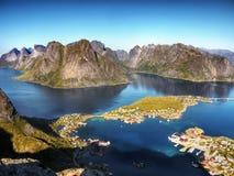 Noorwegen, Lofoten-Eilanden, de Bergenfjorden van het Kustlandschap Royalty-vrije Stock Afbeelding