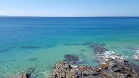 Noosa Rocky Beach Stockfotos
