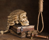 Noose and judge's wig. Symbolizing death sentence stock photos
