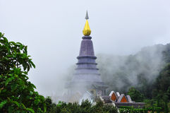 Noppholbhumsiri-Pagode in Thailand Lizenzfreie Stockfotos