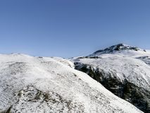 Nord-Angletarn Pike im Schnee Stockfoto