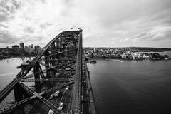 A nord della vista della città di Sydney con la priorità alta del ponte del porto Immagini Stock Libere da Diritti