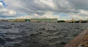 Nord-Europa, St Petersburg, Leningrad, Neva River, Russland Panorama Stockfoto