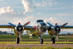 Nord för tappning för världskrig II - flygplan för amerikan B-25 Mitchell Bomber fungerings av flygatjursamlingen fotografering för bildbyråer