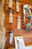 Nord - handgjorda souvenir för amerikanska infödingar som säljs på det Grand Canyon gåvalagret royaltyfria foton