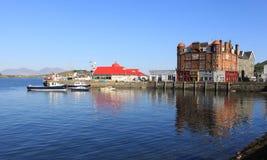 Nord-Pier Oban mit Kerrera und Berge auf Mull stockbild
