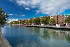 Nordbank des Flusses Liffey bei Dublin City Center Stockfotografie