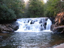 Nordgeorgia-Wasserfall Lizenzfreie Stockbilder
