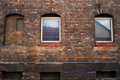 Nordhausen tegelstenfasader och fönster i Tyskland royaltyfri fotografi