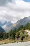 Nordic marchant en vallée Grisenche, Italie Image libre de droits