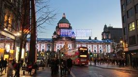 Nordirland-Wintersaison-Belfast-Stadt beleuchtet Weihnachten Stockfotos