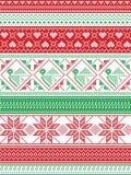 Nordische Art und angespornt durch skandinavische Weihnachtsmusterillustration im Kreuzstich in Rotem und in Weiß, grün einschlie Stockfoto