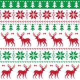 Nordisches nahtloses Muster mit Rotwild- und Weihnachtsbaum Stockfotos