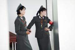 Nordkoreankvinnligsoldater Arkivbilder