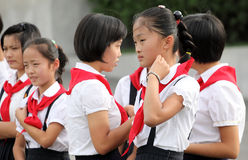 Nordkoreanska skolflickor 2013 Arkivbilder