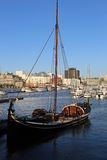 Nordlandboot in haven van Bodo stock fotografie
