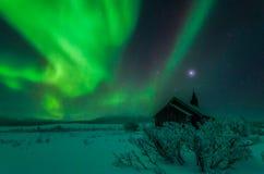 Nordlichter Aisaroaivi-Kapelle stockfoto
