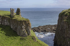 Nordlig Dunseverick slott - ståndsmässiga Antrim - - Irland Royaltyfri Fotografi