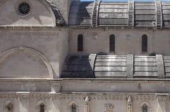 Nordlig fasad av St James Cathedral, Å-ibenik, Kroatien royaltyfri foto