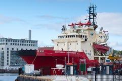 Nordlig kommendörkapten för norsk bogserbåt i Bergen Arkivfoto