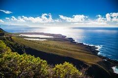 Nordlig kust av Tenerife nära Buenavista del Norte Arkivfoto