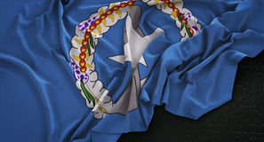 Nordlig Mariana Islands Flag Wrinkled On mörk bakgrund 3D Ren royaltyfri illustrationer