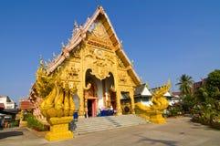Nordlig Thailand guld- tempel Royaltyfria Foton