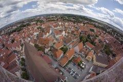 Nordlingen是浪漫路的一个历史的城市在巴伐利亚,德国 图库摄影