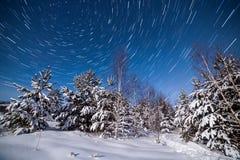 Nordpolbahnen Startrails im Himmel Stockfoto