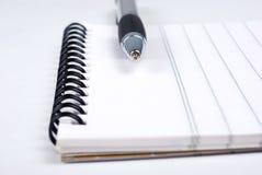 Norepad con la penna Fotografie Stock Libere da Diritti