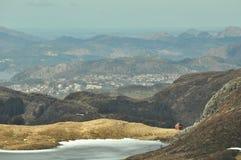 Norge berg - väg från Urliken royaltyfri fotografi