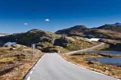 Norge - bergväg arkivbilder