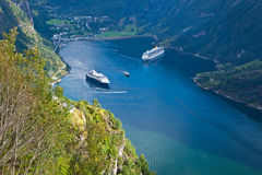 Norge - färjakryssning arkivbild