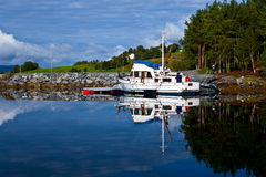 Norge - fjord reflexion Royaltyfria Foton