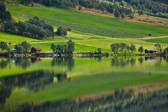 Norge - fjord reflexion Royaltyfri Fotografi