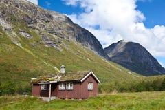 Norge - lantgårdhus royaltyfri foto