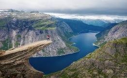 Norge Trolltunga arkivbild
