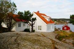 Norge vilage vid fjorden Kragero, Portor Royaltyfri Foto
