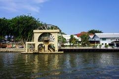 Noria auf dem Fluss in Melaka Lizenzfreie Stockfotografie