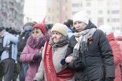NORILSK, RUSIA - 9 DE MAYO DE 2016: La gente celebra el día de victoria Foto de archivo libre de regalías