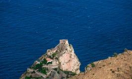 Norman Castle: Sant'Alessio, Sicilia Fotografia Stock Libera da Diritti