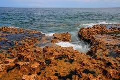 Normandie kalkstenklippor Arkivfoton