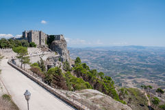 Normandisk slott eller medeltida slott av Venus i Erice, landskap av Trapani i Sicilien, Italien Fotografering för Bildbyråer
